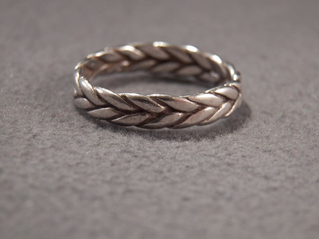 Vintage Sterling Silver Bold Scrolled Braided Eternity