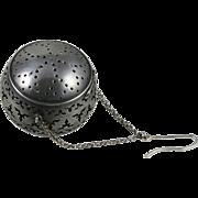 800 Silver Openwork Tea Ball Strainer