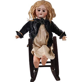"Beautiful 16"" French Bisque SFBJ Depose 6 Doll, Circa 1898"