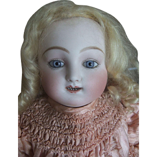 Antique bebe steiner gIgoteur1878