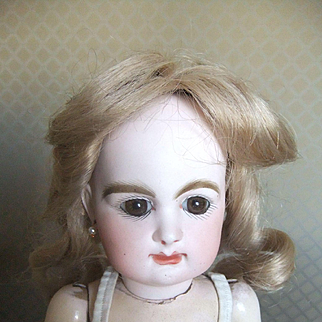 Antique-French-Bisque-Rabery-Delphieu-Bebe-Doll