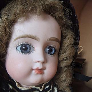 Rare antique bebe charles Panier