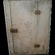 One Door Wood Primitive Hanging Cupboard Cabinet in Grey Paint