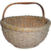 AAFA Primitive Wood Splint Basket with Kickup in Gray Paint