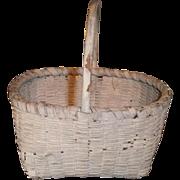 AAFA Primitive Miniature Child's Egg Basket in White Paint