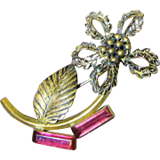 Beautiful 1940's Retro Gilt Filigree Flower Pin with Pink Glass Stones