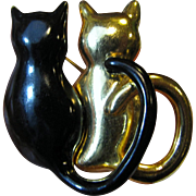 Charming Twin Kitty Pin in Black Enamel & Goldtone