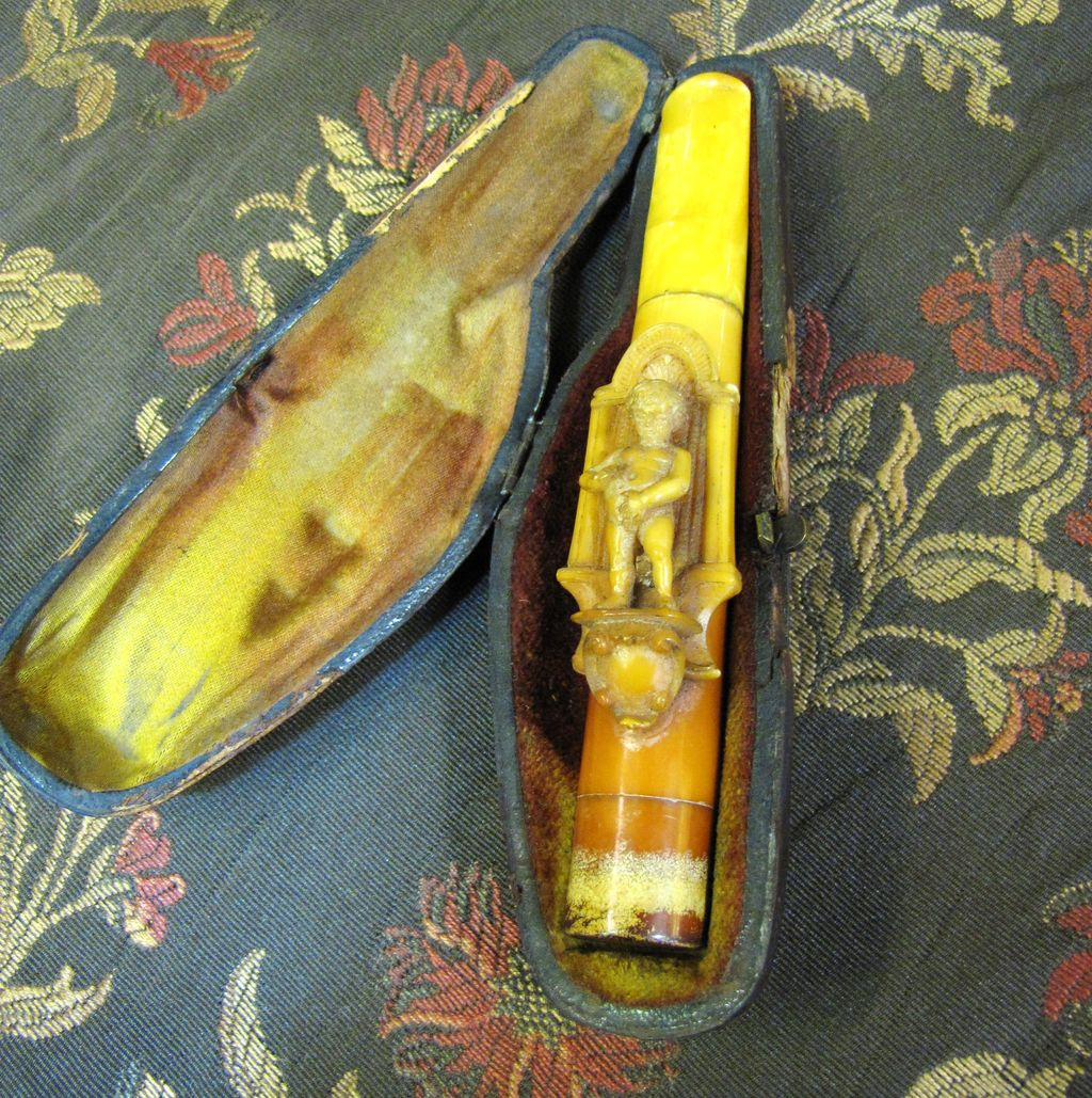Antique German Carved Meershaum & Amber Cigar Holder with Case