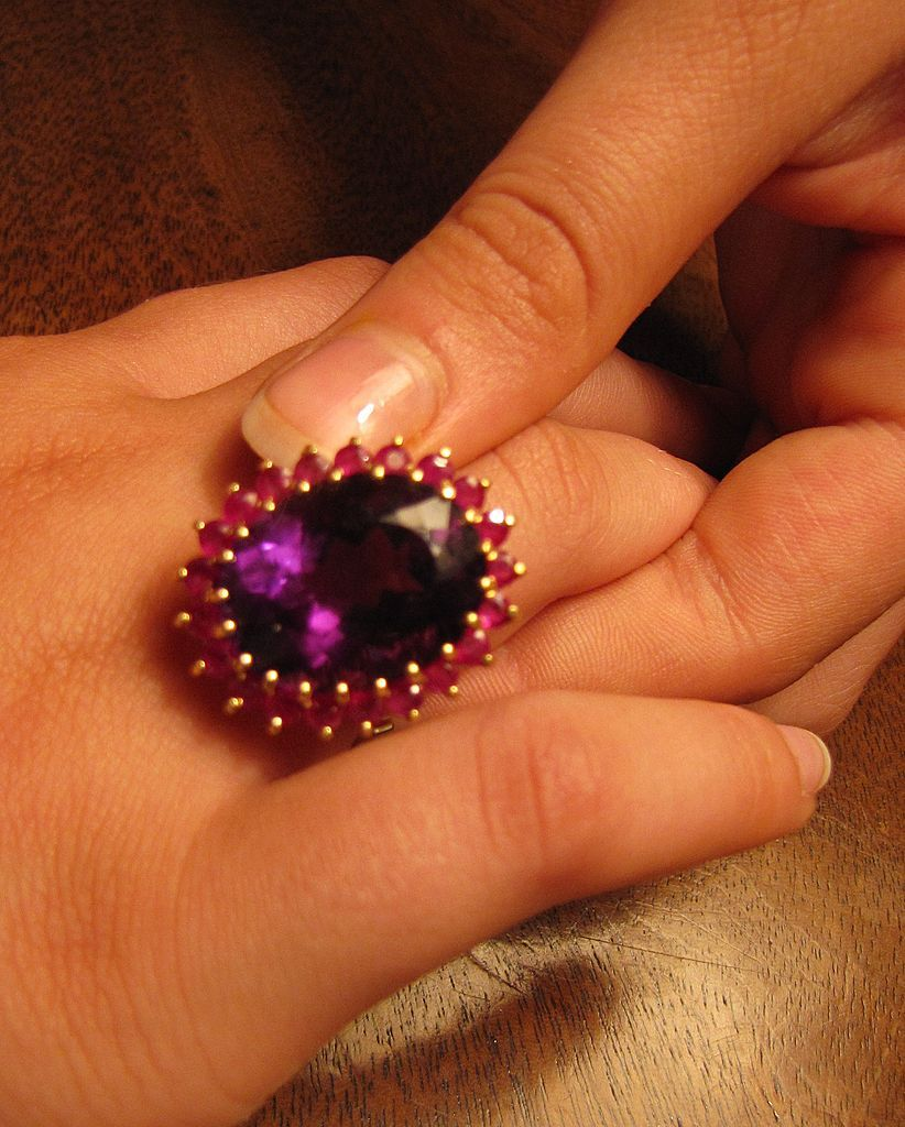 ON HOLD FOR NOEL - Retro Oval Cut Amethyst & Ruby Ring 18k Yellow Gold with $3,100 Appraisal