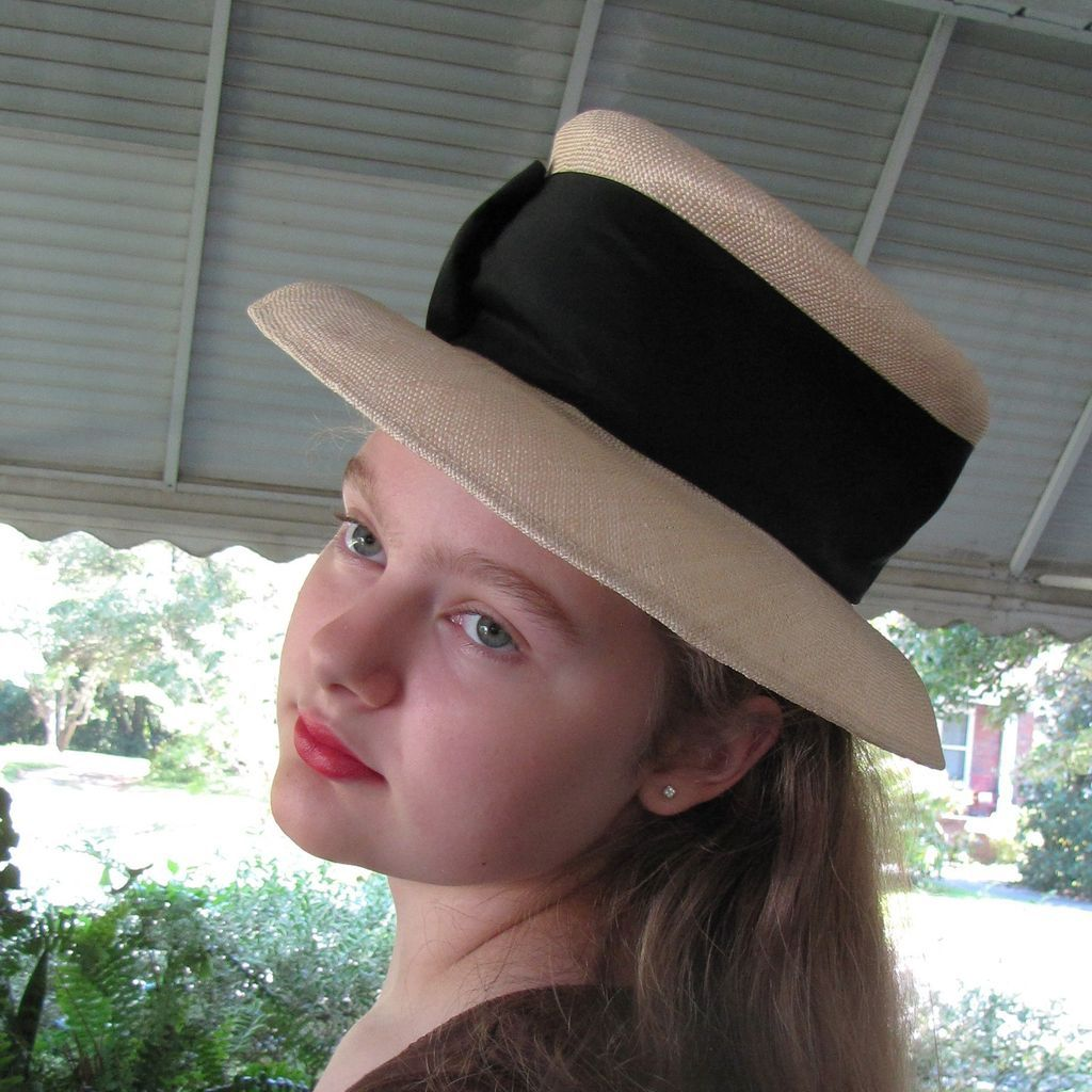 Georgous Linda Campisano Couture Blonde Straw Hat
