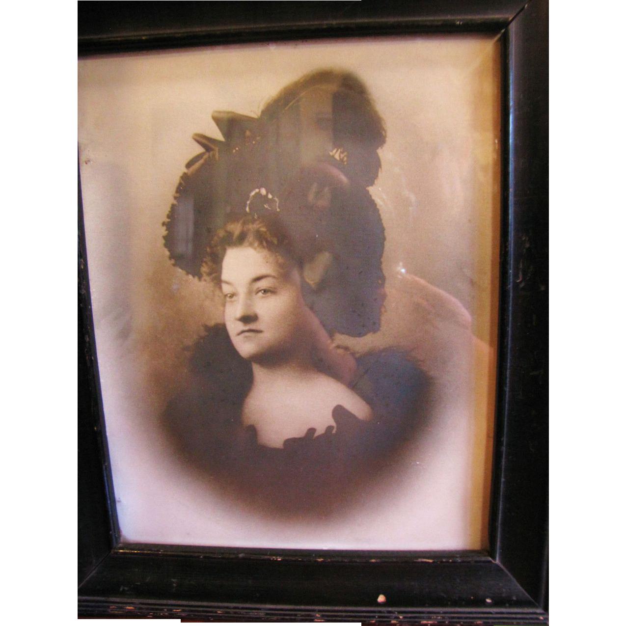 Wonderful Framed Victorian Photograph of Beautiful Lady