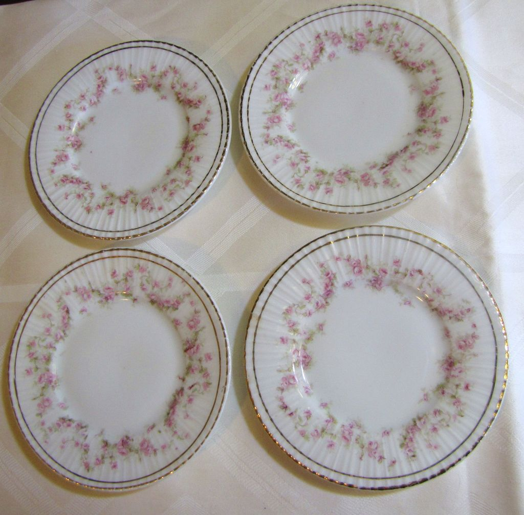 "Set of Four 5"" Antique Bavaria Zeh Scherzer & Co. Plates, Floral Garlands"