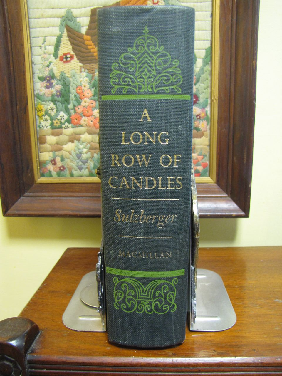 A Long Row of Candles, Memoirs & Diaries from 1934 to 1954, C L Sulzberger 1969‏