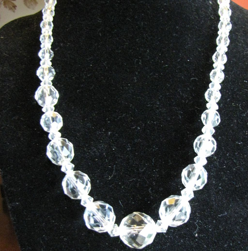 "Lovely Vintage 18"" Graduated Faceted Crystal Necklace"