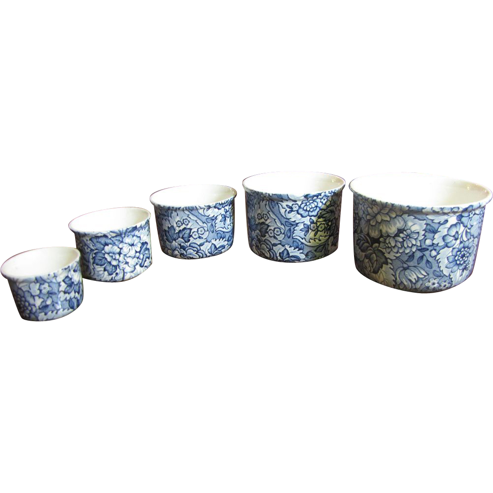 Stunning Set of 5 Crown Staffordshire Antique Nesting Small Bowls