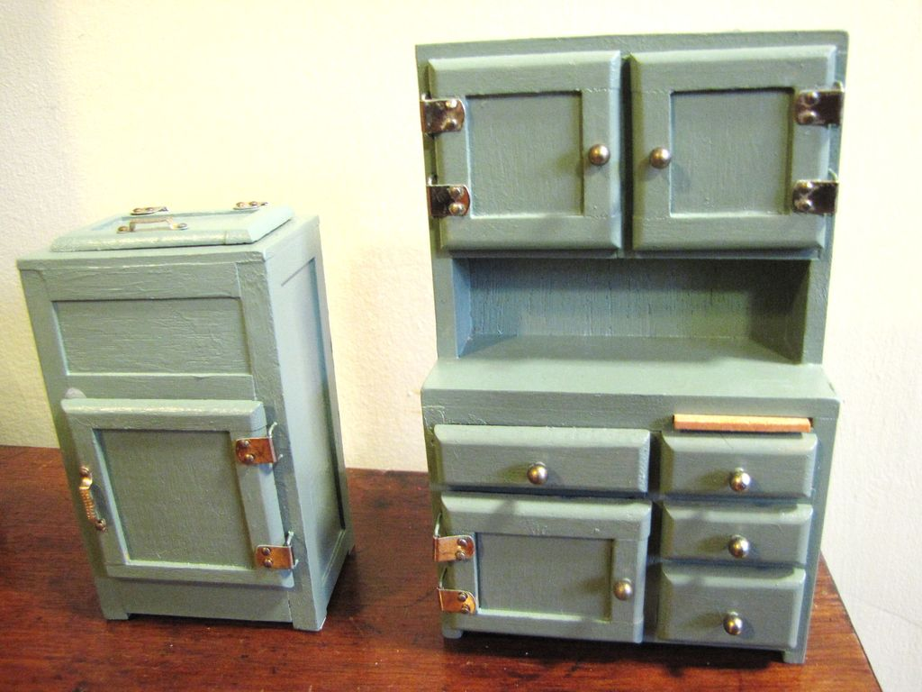 Nice Green Painted Doll House Ice Box and Buffet