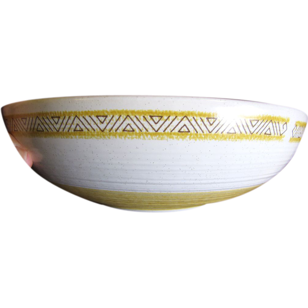 "Lovely 9"" Serving Bowl, Hacienda Gold by Franciscan China"