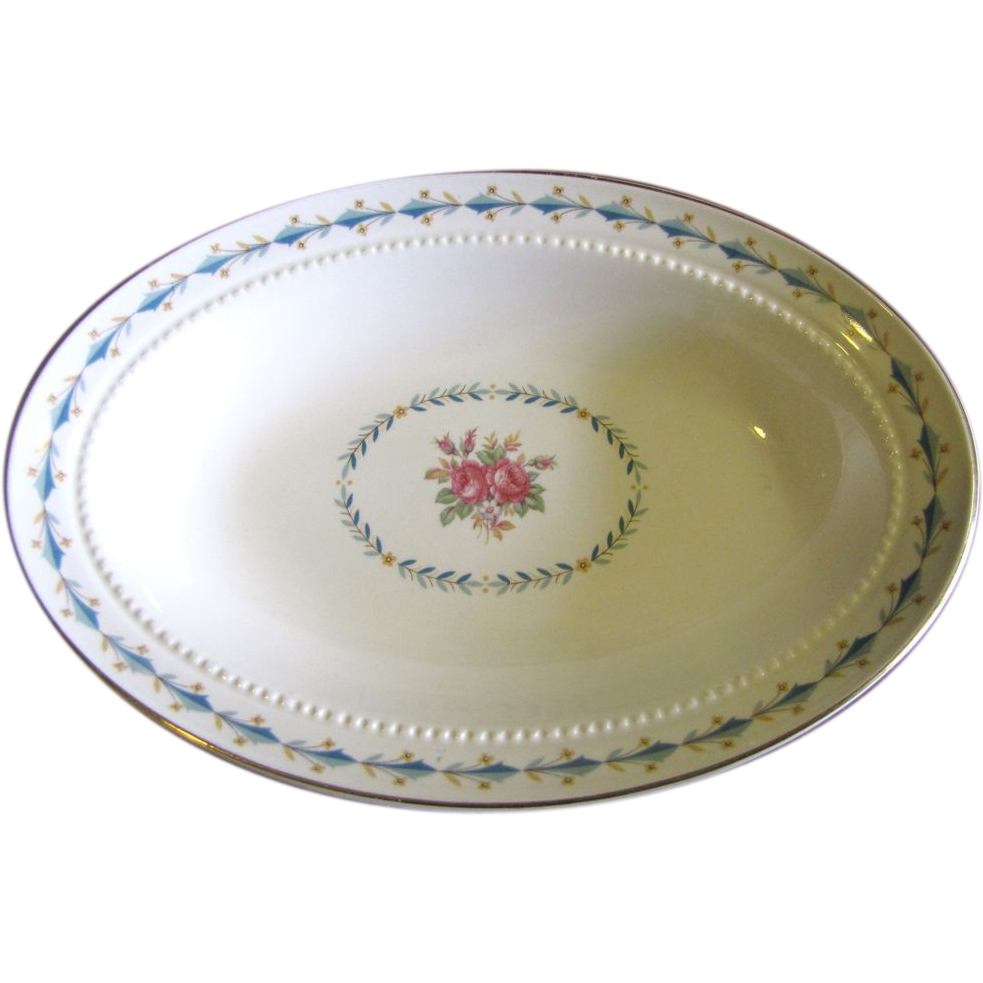 "Harmony House Mount Vernon 9 ""Oval Vedge Bowl By Hall China"