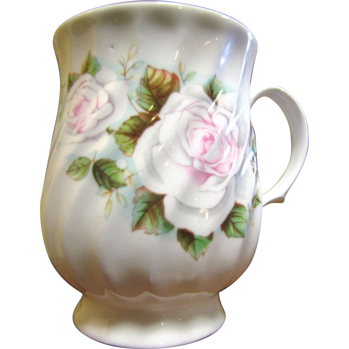 Prettiest Rose Embellished Porcelain Mug by Hitkari