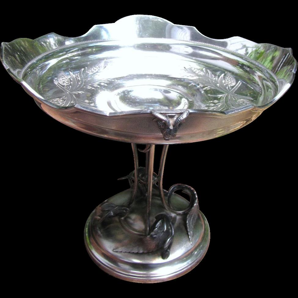 Superb Antique Meriden Quadruple Silver Plated Center Piece Bowl