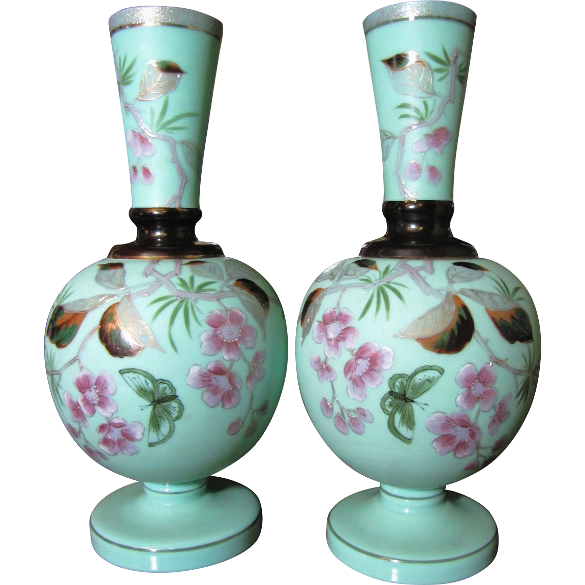 Pair victorian bristol glass mantle vases hand painted for Decoration glass