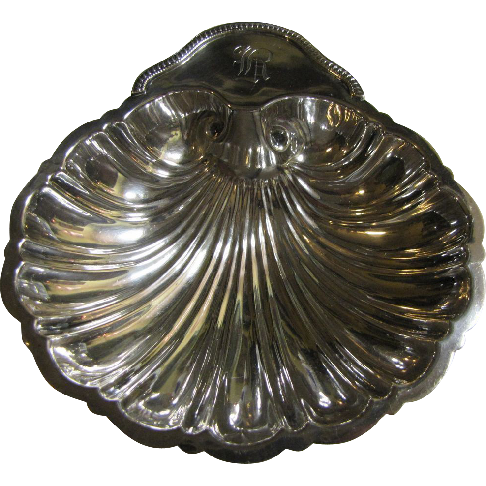"6"" Sterling Silver Shell Footed Bowl by Revere Silver Co. 130 Grams"
