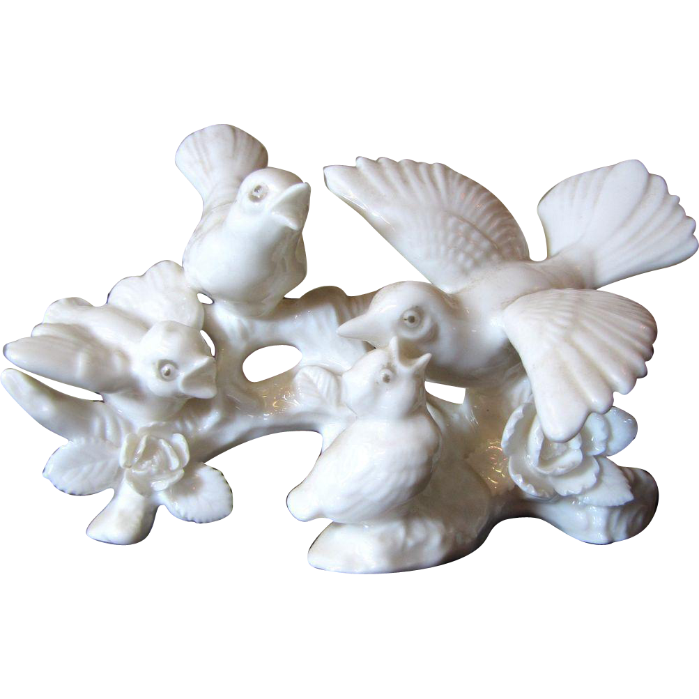 Pair Beautiful White Porcelain Bird Figurines Cardinals