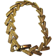 Sophisticated Vintage Articulated Link Gold Tone Bracelet