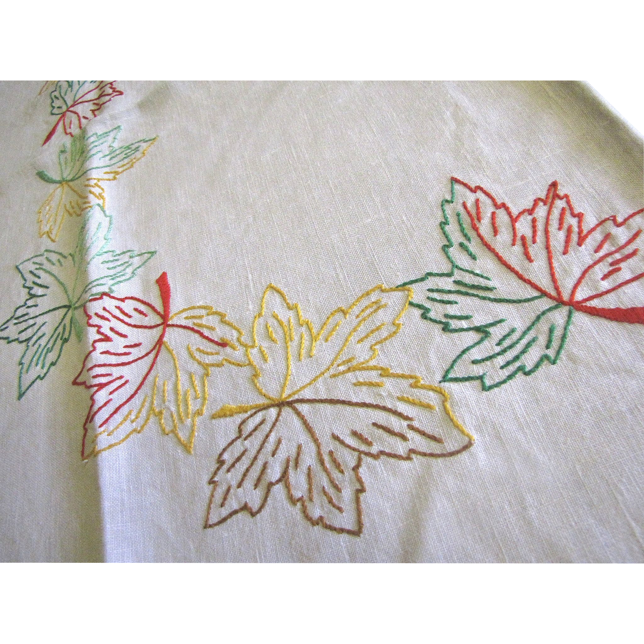 Lovely vintage hand embroidered leaf design tea or bridge