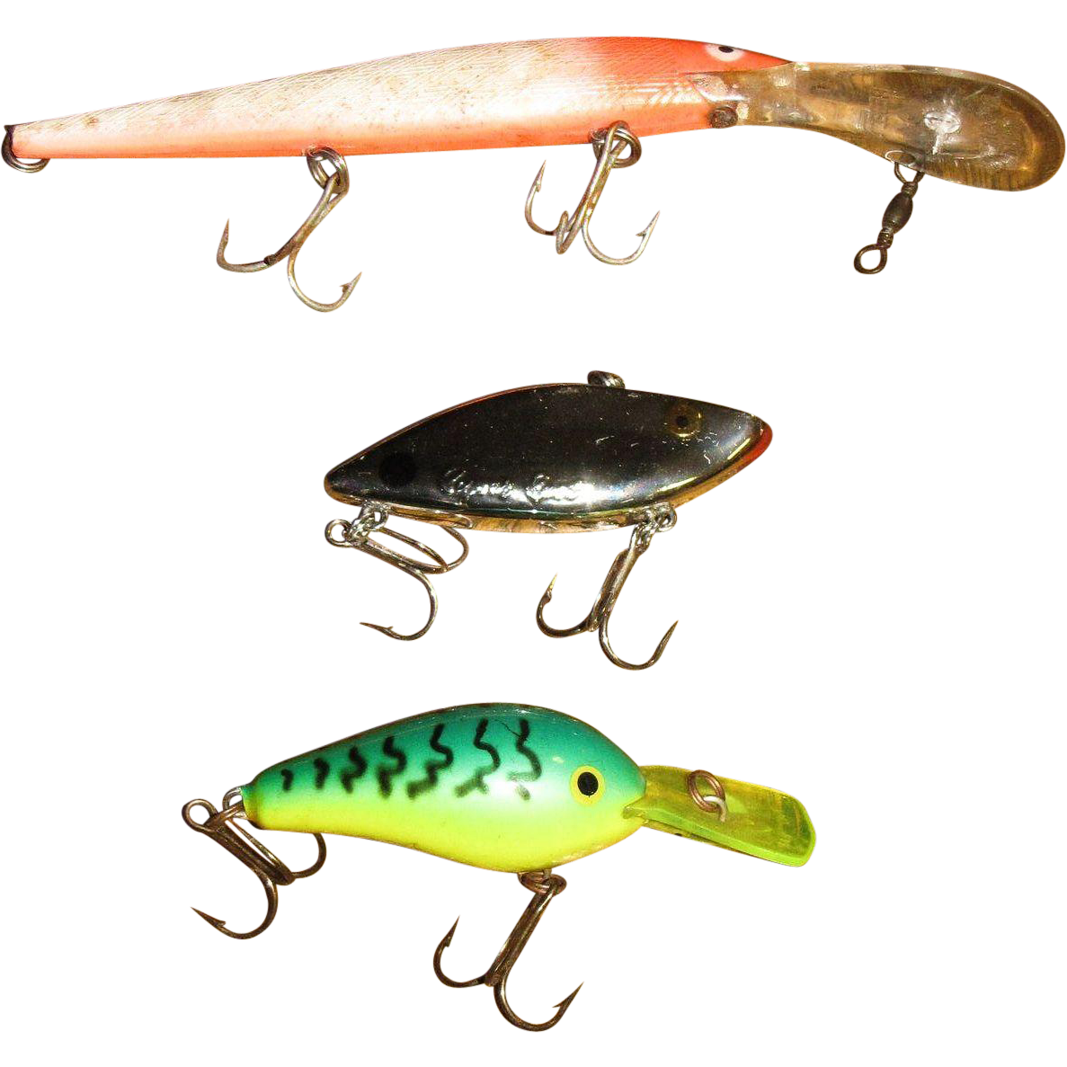 Three vintage old plastic fishing lures for your tackle for Vintage fishing rod identification