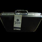 Vintage Samsonite Classic IV, 1984 Attache Brief Case, Hard Shell Key Lock w/Keys, New in Original Box