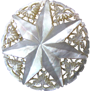 Beautiful Hand Carved Mother of Pearl Star from Bethlehem
