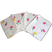"Sunny Tulip Sprig 36"" Table Runner"