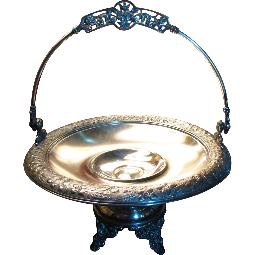 Beautiful Large Victorian Simpson Hall Miller Silver Plate Brides Basket