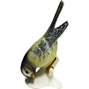 Charming Small Porcelain Bird Figurine