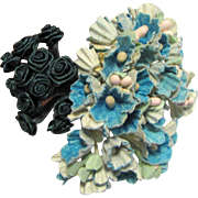 2 Tiny Bunches of Doll Millinery Flowers No 3