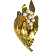 Elegant Gold-tone & Milk Glass Pin