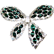 Fabulous Vendome Trembler Bow Pin