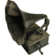 Durham Industries Die Cast Miniature Gramophone