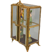 Wonderful Small Size French Ormolu Display Cabinet ca. 1900 - With Porcelain Figures