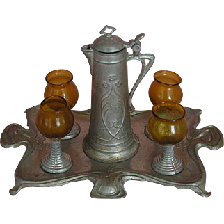 Finest Art Nouveau - a fine and rare wine set made in Germany ca. 1900 with beautiful patina