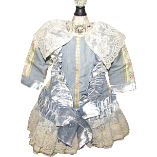 Beautiful Doll Dress with Velvet and Lace Trim For French or German Doll