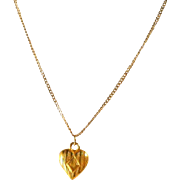 Vintage 10K Gold Heart Charm Pendant Chain Necklace