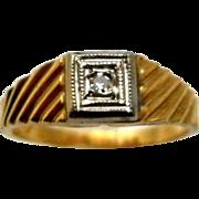 Vintage 14K Gold Diamond Baby Ring Midi