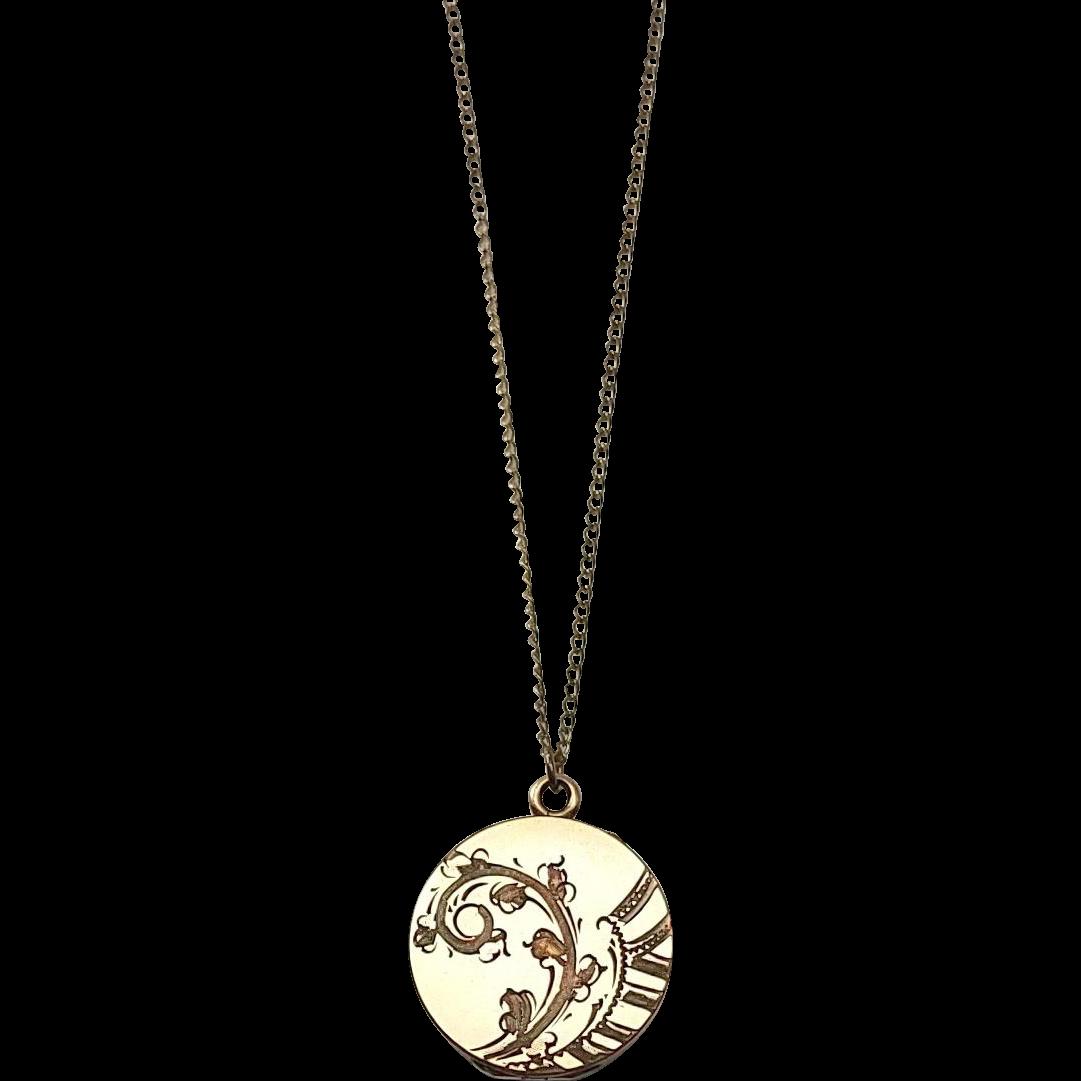 Floral Locket 9K Gold Vintage Pendant Necklace