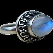 Vintage Moonstone Sterling Ring Ornate Silver Ring Size 9
