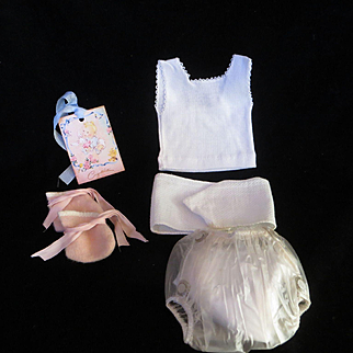 """Vintage Effanbee Dy-Dee Doll  Jane Layette, Undershirt, belly band, rubber pants & eiderdown booties for your 15"""" Doll"""