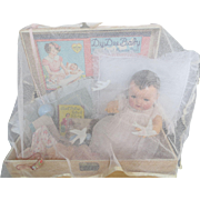 "Vintage Effanbee Dy-Dee Doll TRUNK for 20"" Doll, FAO Schwarz Trunk Netting & Celluloid clip"