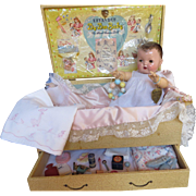 """Vintage Effanbee Dy-Dee Doll Trunk with RARE Accessories in lid for your 20"""" Doll"""