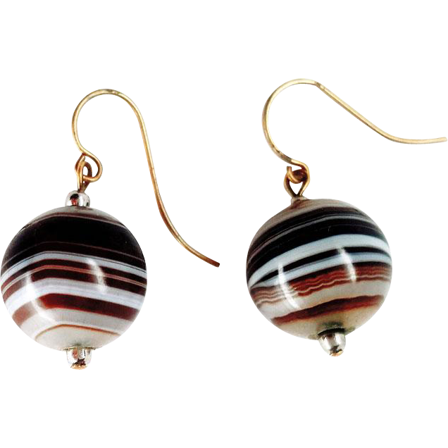beautiful brown banded scottish agate bead